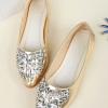 รองเท้าคัทชูส้นแบนสีทอง หัวแหลม ประดับเพชร หรูหรา ใส่แล้วเท้าเรียว แฟชั่นเกาหลี
