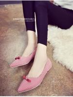 รองเท้าคัทชูผู้หญิงสีแดง ส้นเตี้ย ลายสก็อต หัวแต่งโยว์น่ารัก วัสดุพียูคุณภาพ น่ารัก ดูดี แฟชั่นเกาหลี