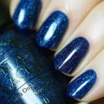 OPI - Give Me Space สีน้ำเงินเข้มประนึงห้วงอวกาศที่มีความวาวสวยด้วยชิมเมอร์พิเศษ