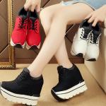 รองเท้าผ้าใบเสริมส้น ไซต์ 35-39 สีขาว,ดำ,แดง